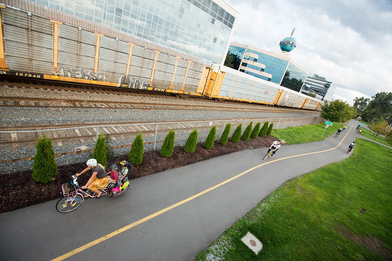 Cargo bike on trail